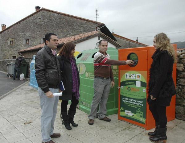 CABEZON DE LA SAL- Instalado El Contenedor De Aceite Usado En 'La Pesa', El Segundo De Esta Localidad
