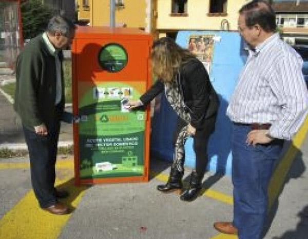 Instalación De Contenedor Urbano En La Pontanilla